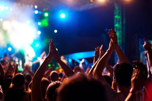 音乐产业万事俱备 只欠东风品牌