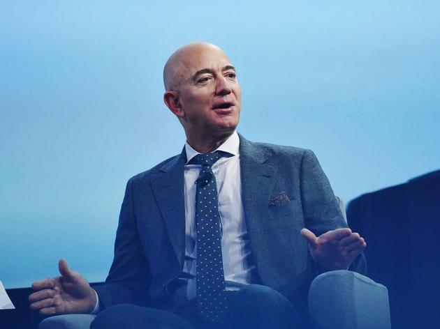 亚马逊CEO贝索斯身家飙升至1716亿美元 2年超越离婚前水平