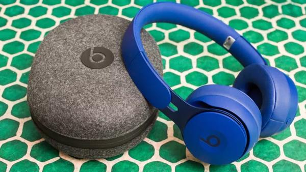 戴耳机如何保护听力?每天佩戴不超过3-4小时