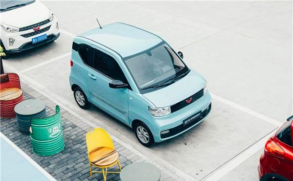 国货之光!五菱洪光MINIIEV荣登全球电动汽车销量榜首